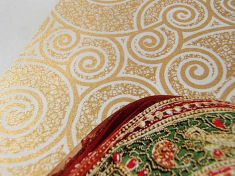 Sonderfarbe Gold Detail